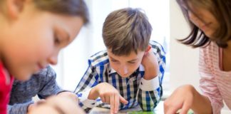 How to Develop Creativity in Kids in the 21st Century