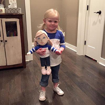 kid selfie doll